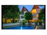 Jual Rumah di Jakarta Selatan - Modern Minimalist Luxury Town House - 4 Kamar Tidur Semi Furnished